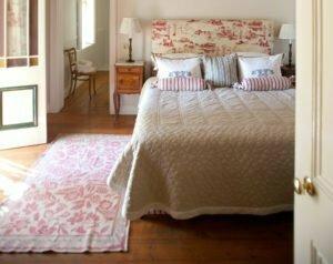 Full-board or bed & breakfast farm stay near Cape Town